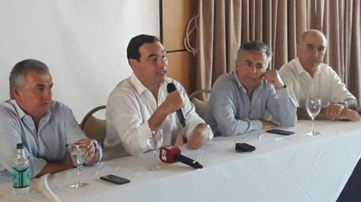Cónclave. Los mandatarios radicales se reunieron en Corrientes. Se espesa el clima en Cambiemos.