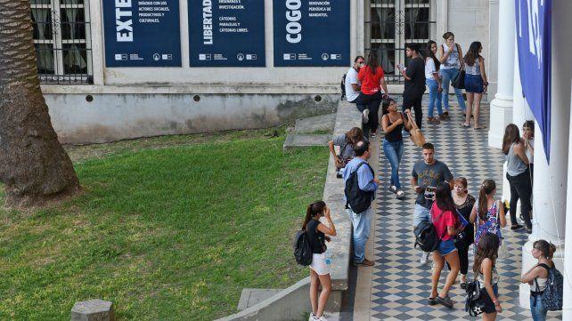 Las franquicias para los universitarios se podrán tramitar a partir de mayo