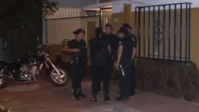 Una mujer denuncia que su marido fue secuestrado de su casa de barrio Tablada