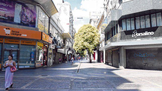 Desierto. Así lució el centro de la ciudad durante los dos días de feriado nacional por el carnaval. La mayoría de los negocios estuvieron cerrados.
