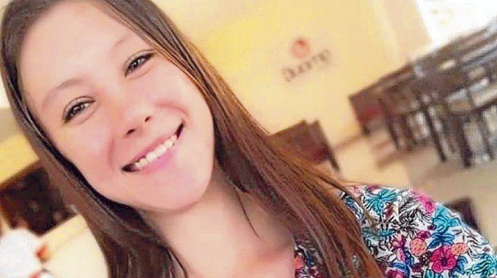 La joven de 20 años apareció muerta en un campo de yerba mate