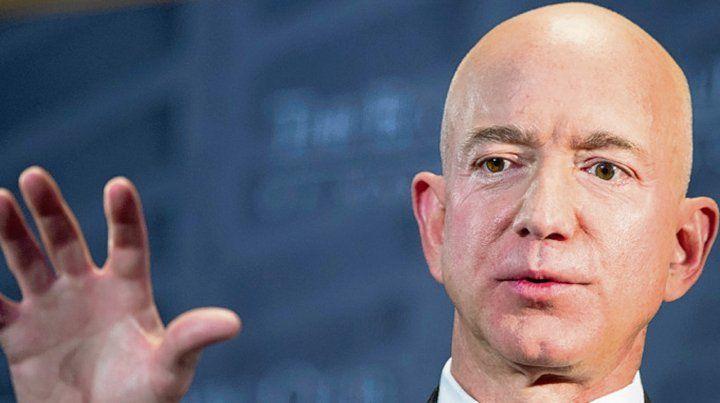 Moneda. El dueño de Amazon tiene una fortuna de u$s 131 mil millones.