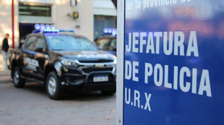 El robo se produjo frente a la sucursal del Banco Santander Río