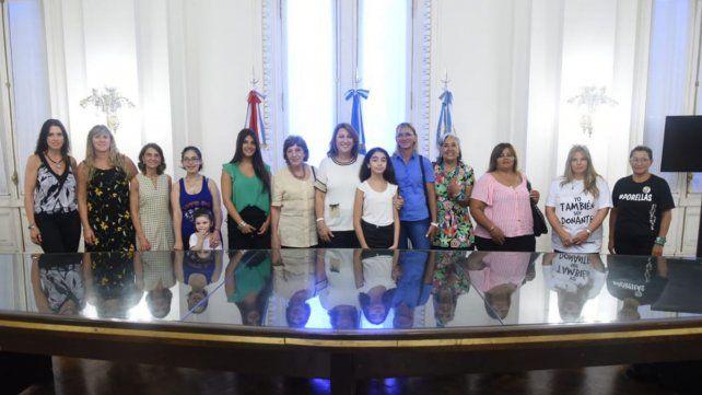 Quiénes son las doce mujeres que llegaron con Fein al Concejo