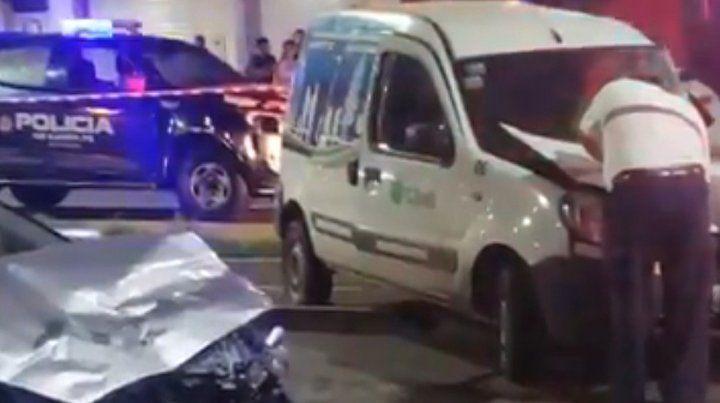 Conducía a muy alta velocidad, chocó y se cobró la vida de un trabajador