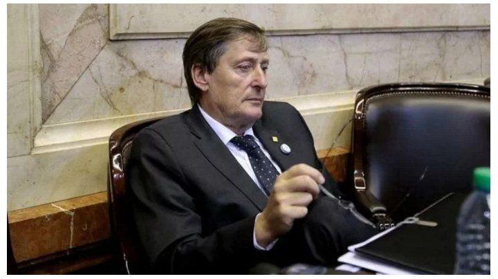 El legislador por la provincia de Buenos Aires.