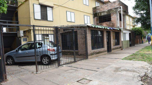 En el Fonavi. El crimen de Vega Pérez ocurrió frente a la puerta de la casa de su madre