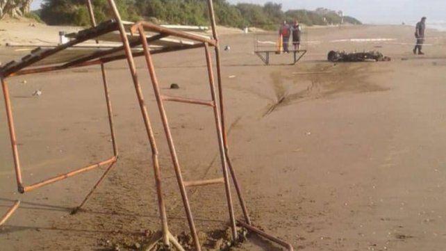 Un hombre y una mujer murieron tras chocar con la moto en una playa de Mar de Ajó