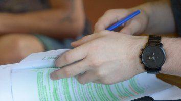 A estudiar. Aseguran que también aumentó el porcentaje de egreso de estudiantes en el nivel superior.
