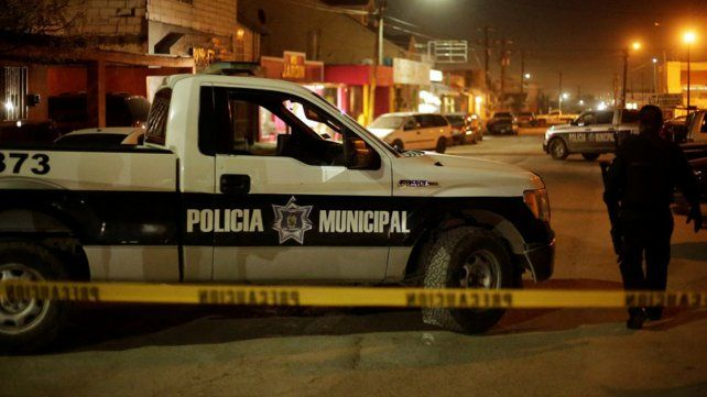 Armados y encapuchados. El grupo que repartió los tiros lo hizo a mansalva durante la madrugada.