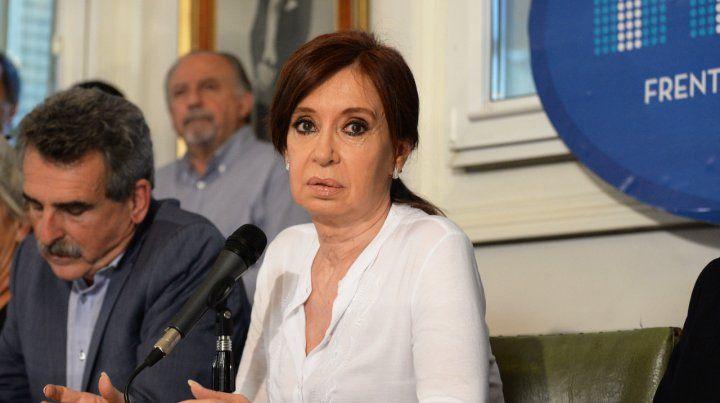Procesaron a Cristina por documentos históricos hallados en su casa