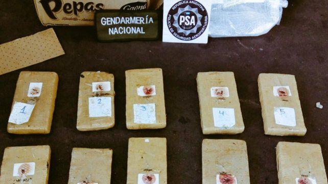 Rastrearon una encomienda con droga y los apresaron en Rioja y España