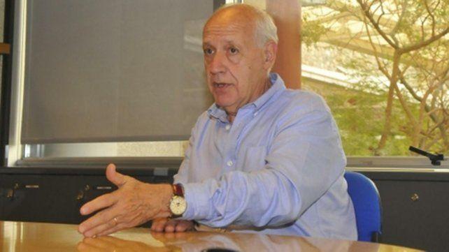 Lavagna indicó que está reuniéndose y poniendo sobre la mesa ideas para salir de la polarización.