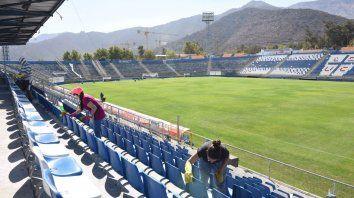 Todo listo en el estadio San Carlos de Apoquindo para el partido de Copa Libertadores de esta noche a las 21.30.