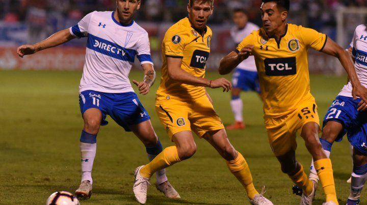Central jugó mal y perdió ante Católica por los errores defensivos que cometió