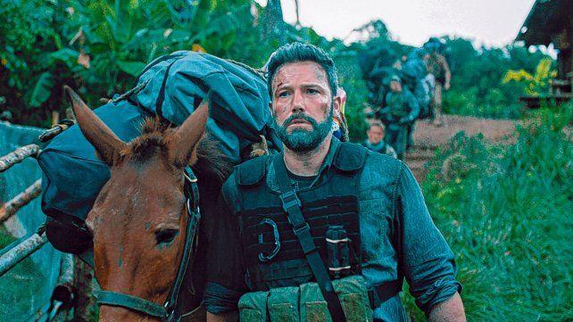 La historia se centra en un grupo de veteranos de guerra que intentarán asaltar la guarida de un peligroso narco.