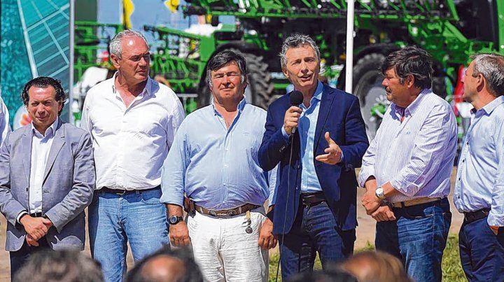 De visita. Macri dijo presente en Expoagro y habló junto a funcionarios y dirigentes del sector.