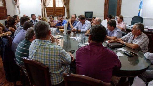 Los sindicalistas municipales en una de las últimas reuniones.