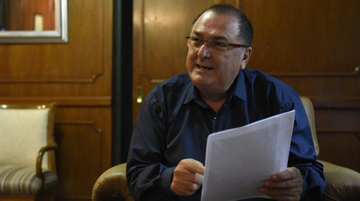 Ratner aseguró que los municipales están disconformes con la forma de pago del salario