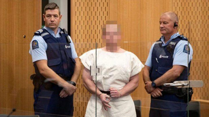 El asesino de la mezquita hizo el gesto de la Supremacía Blanca ante el tribunal