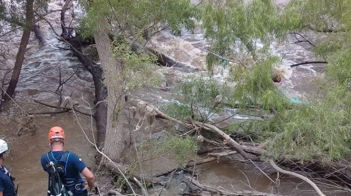 Identificaron a la kayakista rosarina que murió ahogada en el río Carcarañá