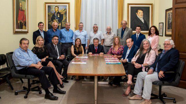 Reunión. El consejo de administración de la Fundación Italia.