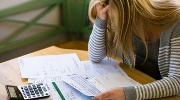 Costo financiero. Las altas tasas complican a los deudores con tarjeta de crédito. El tema es motivo de muchas consultas.