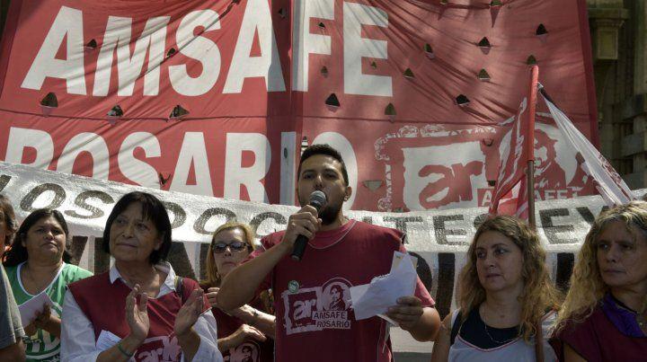 Paros docentes y el molesto progresismo de Rafael Correa