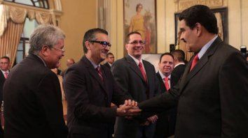 Maduro anuncia cambios en su gabinete a dos meses de asumir
