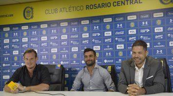 Ayer nomás. El 25 de febrero Ferrari fue presentado como DT canalla por Di Pollina y Cetto. Había asumido el día anterior.