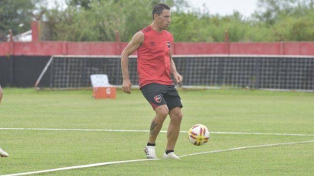 Maxi. Aún no se definió si juega ante Villa Mitre.