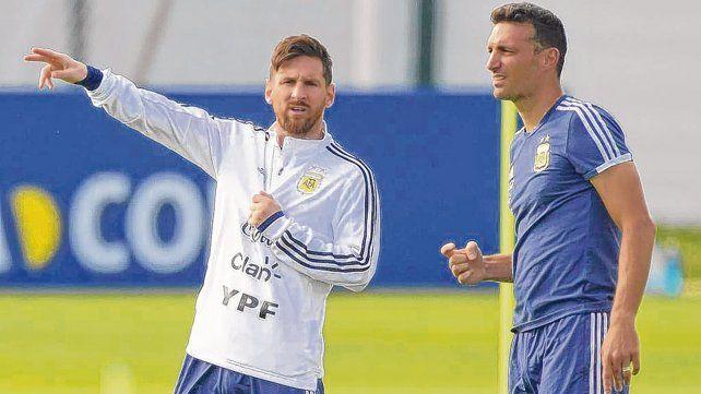 Palabra de Leo. Messi habla con Scaloni. El entrenador recuperó a la Pulga para jugar esta doble fecha Fifa.