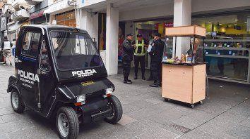 Las peatonales volverán a llenarse de policías en caso de que el Sindicato de Trabajadores Municipales vuelva al cese de actividades.
