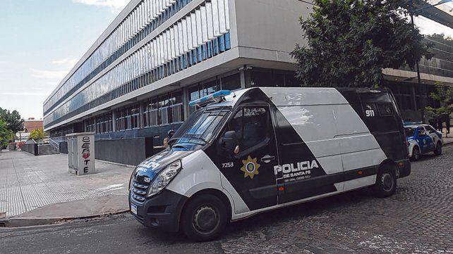 tribunal. El juicio se desarrollará en el Centro de Justicia Penal de Rosario, y será visto por videoconferencia.