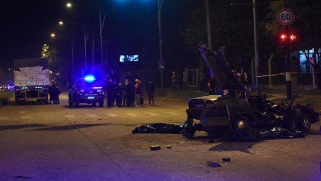 Un hombre y su hija de 7 años murieron en un accidente en barrio Las Delicias
