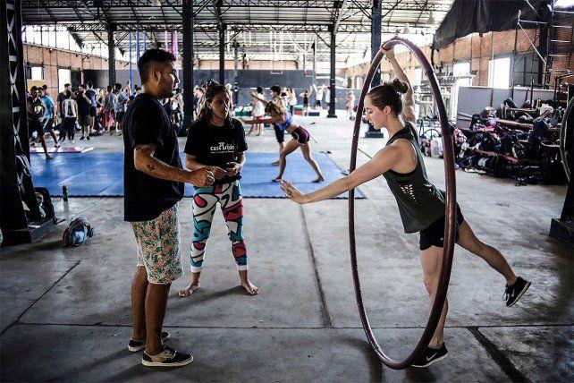 Los directores del Cirque Du Soleil presentan Vangart en Rosario