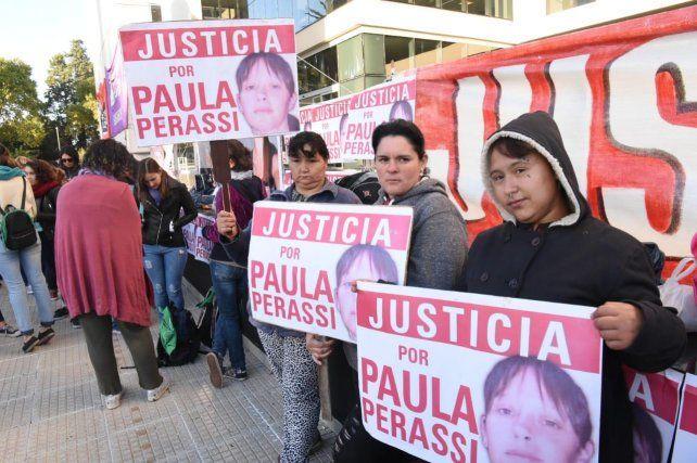 Pidieron prisión perpetua para los principales acusados en el caso de Paula Perassi