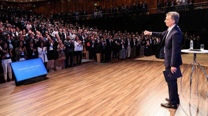 Macri pide derogar la ley para elegir diputados del Parlasur