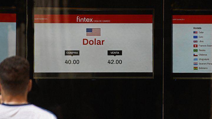 firme. La divisa cerró a $42 en Rosario y un poco más en Buenos Aires.