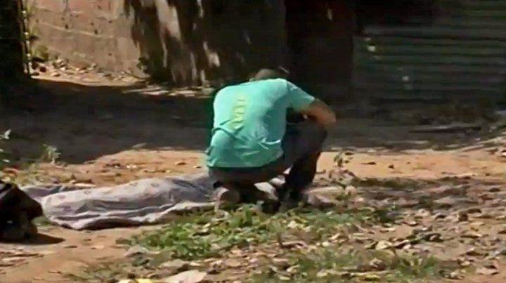 El cuerpo de Oscar Elías Luciano Ríos quedó tendido en el ingreso de un pasillo al que no debía ir.