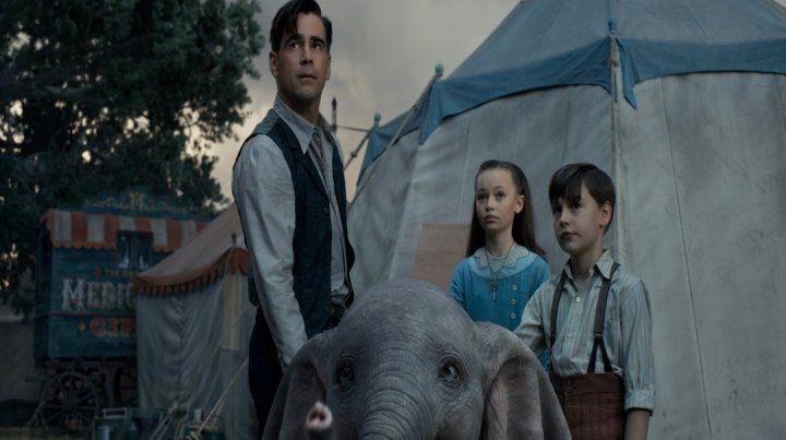 La historia sobre el elefantito que puede volar se desarrolla en un circo que tiene problemas económicos.