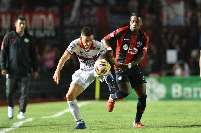 Colón no supo sacar ventaja ante San Lorenzo
