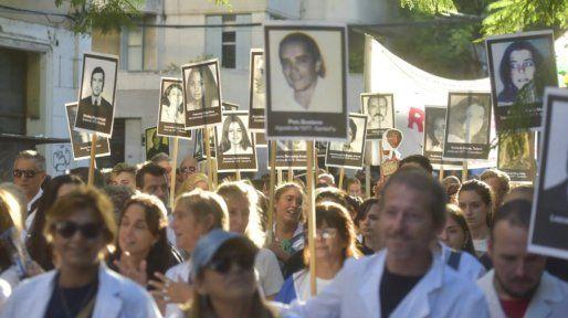 Rosario salió a la calle en el aniversario número 43 del último Golpe militar