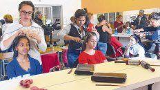 salida laboral. La posibilidad de capacitarse en un oficio es clave para salir a buscar empleo.