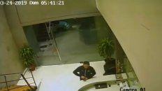 El video que registró el robo de notebooks en las oficinas de Massa