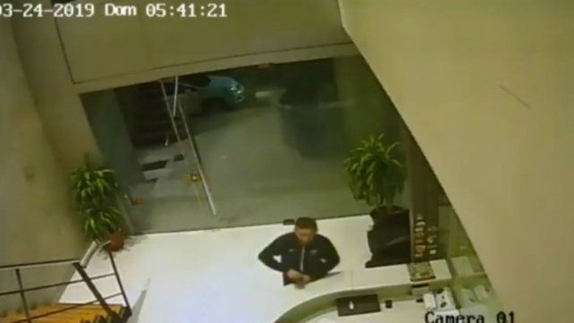 El video que registró el robo de notebooks en las oficinas de Sergio Massa