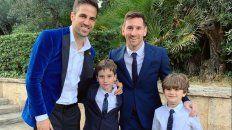 Lejos de la selección, Messi fue al bautismo de los hijos de Fábregas