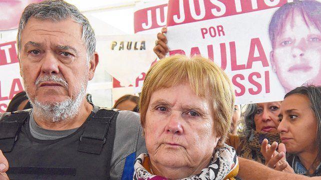Antes de comenzar las audiencias. Alberto Perassi y su mujer