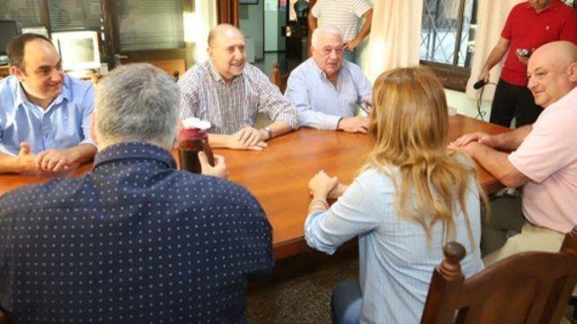Norte. Perotti se reunió con trabajadores y cooperativistas.