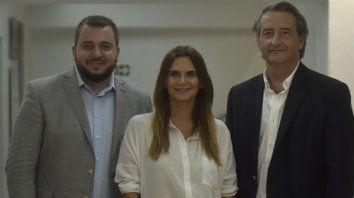 Precandidata. Granata junto al pastor Ghione y el abogado Mayoraz.